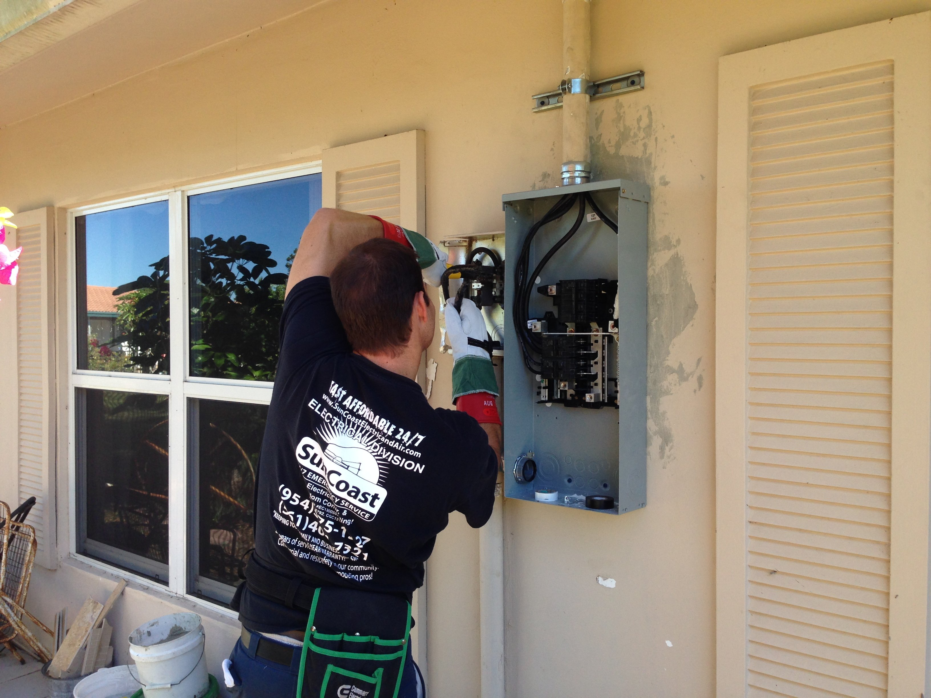 New Electrical Panel Installation - New Breaker Panel on wire an electrical panel, wiring an air compressor, wiring an electric motor, hiding an electrical panel, grounding an electrical panel,